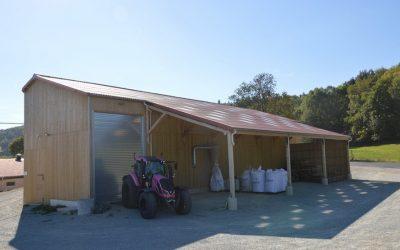 Construction  d'une fabrique d'aliment à la ferme